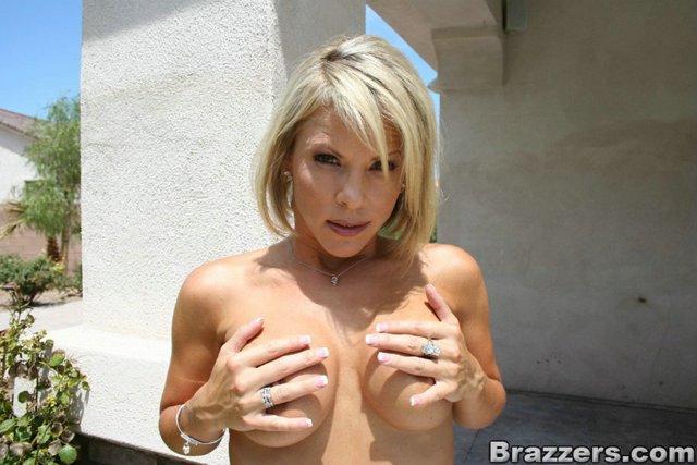 Kayla Synz - Sexpro Adventures